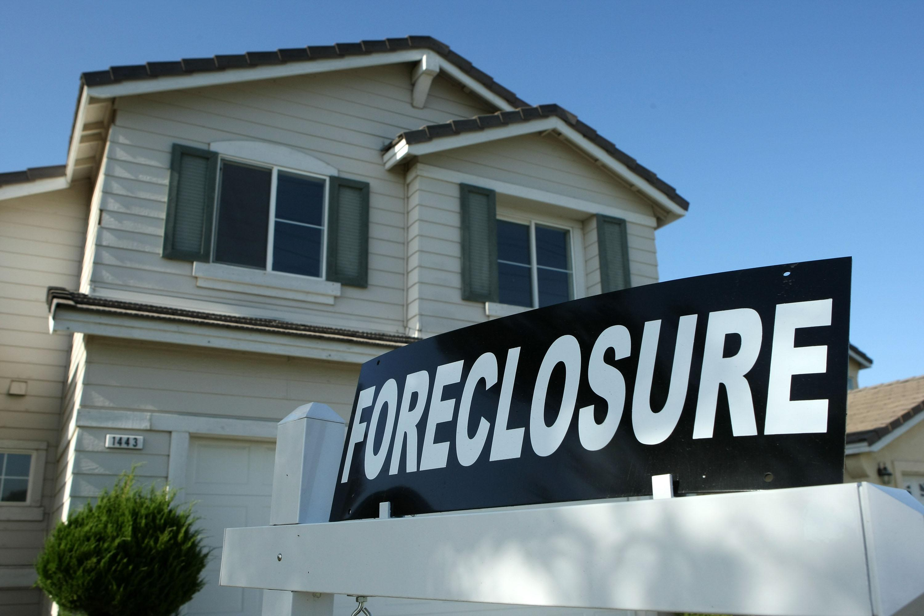 Maritime foreclosure process