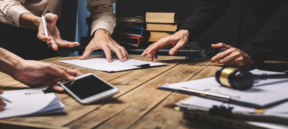 Why Business Litigation Attorneys Should Be Compared Before You Hire Them